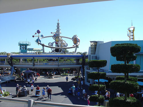 Magic Kingdom - Walt Disney World  - Page 2 34252811