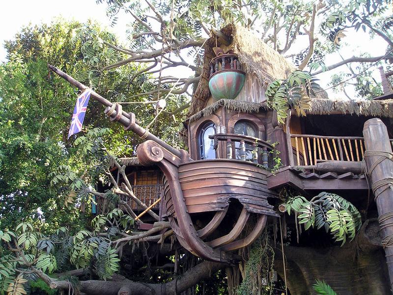 Magic Kingdom - Walt Disney World  800px-11