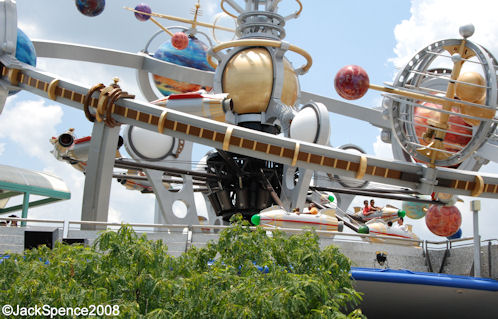Magic Kingdom - Walt Disney World  - Page 2 Astro_10