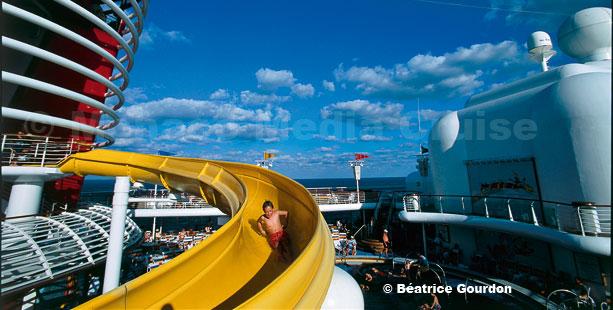 Disney Cruise Line,  Les Croisières  Disney Big_di10