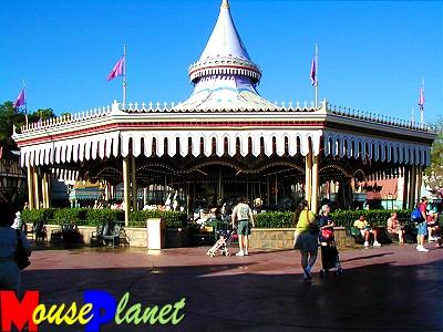 Magic Kingdom - Walt Disney World  - Page 2 Carous10