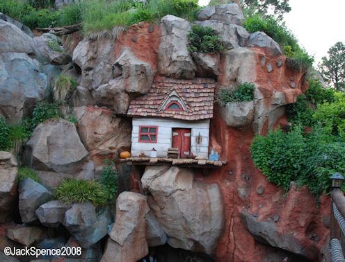 Magic Kingdom - Walt Disney World  - Page 2 Critte11