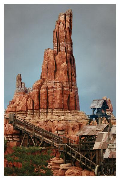 Magic Kingdom - Walt Disney World  Dyn00510