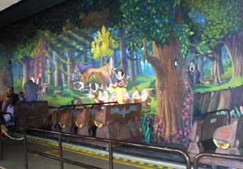 Magic Kingdom - Walt Disney World  - Page 2 Fan_sw10