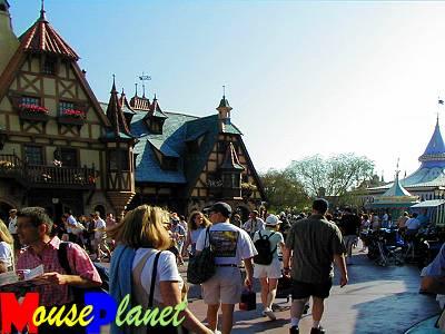 Magic Kingdom - Walt Disney World  - Page 2 Fantas13