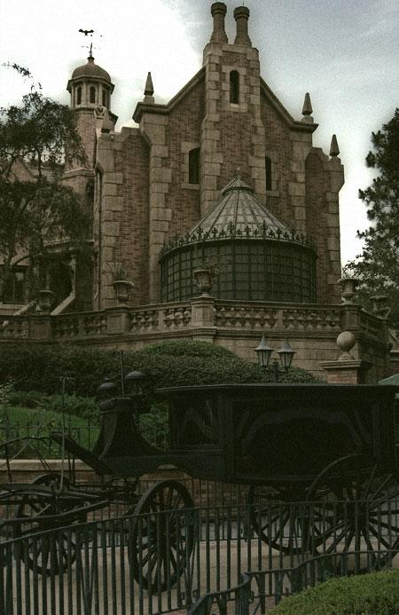 Magic Kingdom - Walt Disney World  Haunte10