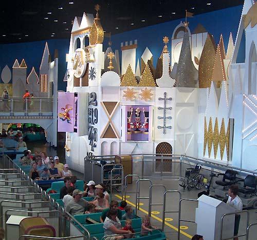 Magic Kingdom - Walt Disney World  - Page 2 Iasw210