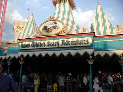 Magic Kingdom - Walt Disney World  - Page 2 Snow-w10