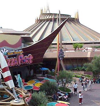 Magic Kingdom - Walt Disney World  - Page 2 Space_10