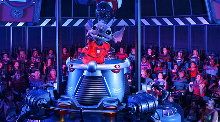 Magic Kingdom - Walt Disney World  - Page 2 Stitch11