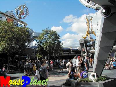 Magic Kingdom - Walt Disney World  - Page 2 Tomorr10