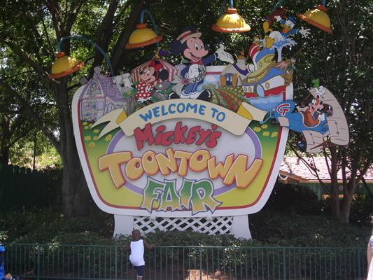 Magic Kingdom - Walt Disney World  Toonto10