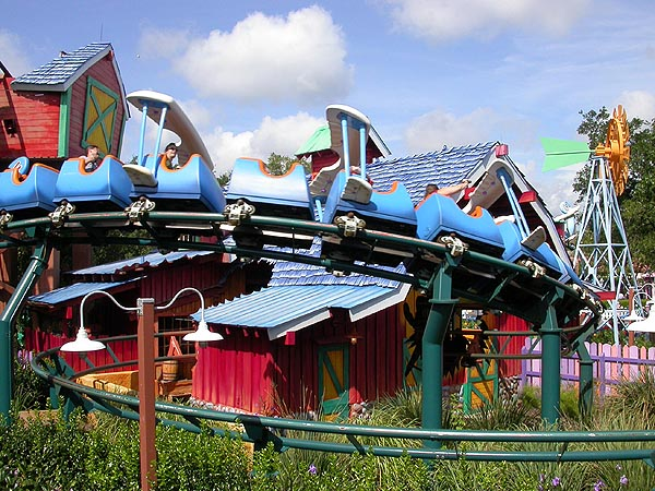 Magic Kingdom - Walt Disney World  Wdw_mk10