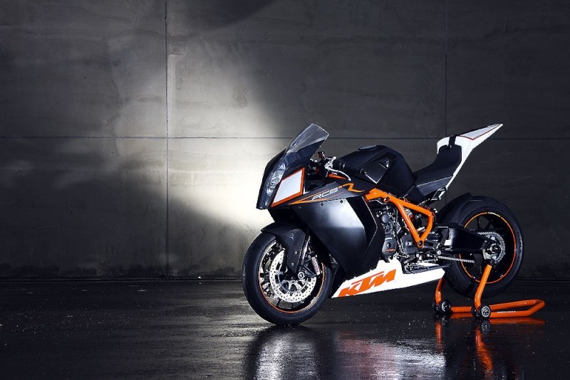KTM RC8 - Page 2 0710