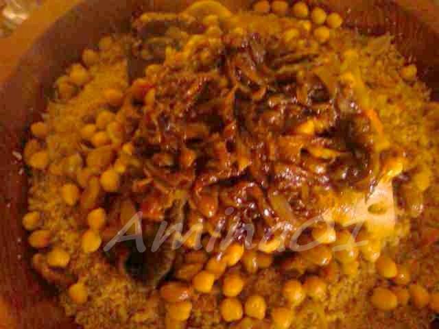 Ksskssou ou Couscous marocain au T'faya au Lham Rass et L'7am Rass 03012011