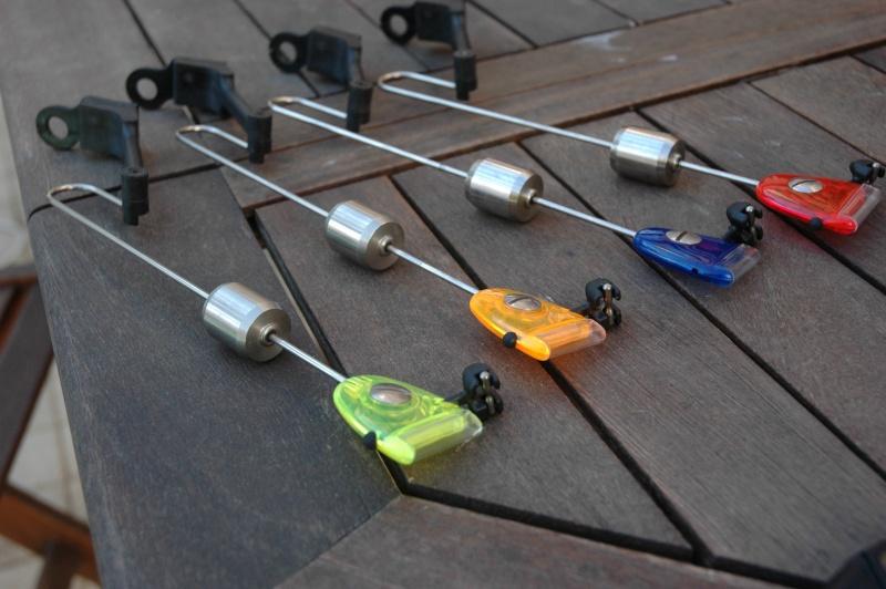 Vends 4 swingers MKII Fox (rouge, bleu, jaune, orange)+photos... Dsc_4413