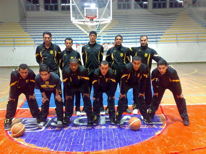 --> Lors du Match Contre Grombaliya à Sfax .. ‼ <-- [Basket-Ball] 26761_10