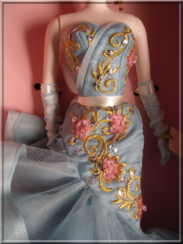 10th Anniversary Tribute Doll Gedc4615