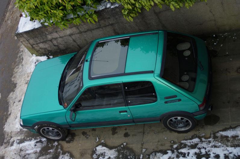 [LUX] 205 GTi Griffe - 122cv - AM91 - Vert Fluorite - N°1072/1652 Imgp7115