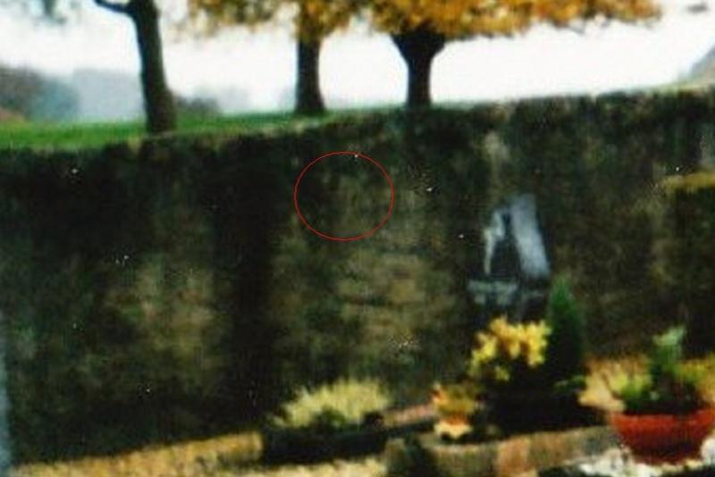 Photo au cimetière 0017_b10