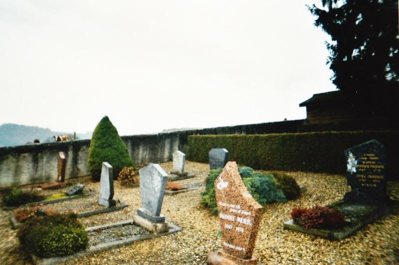 Photo au cimetière 1310