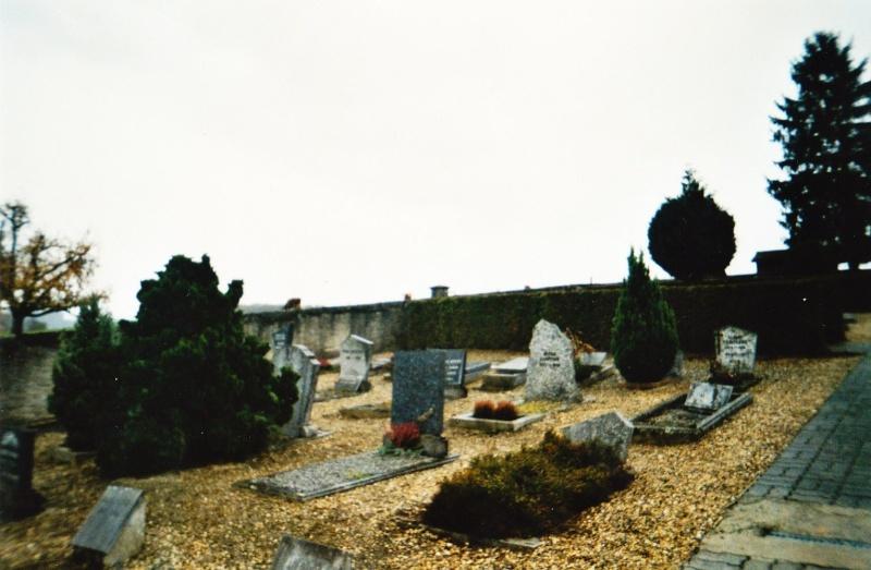 Photo au cimetière 910