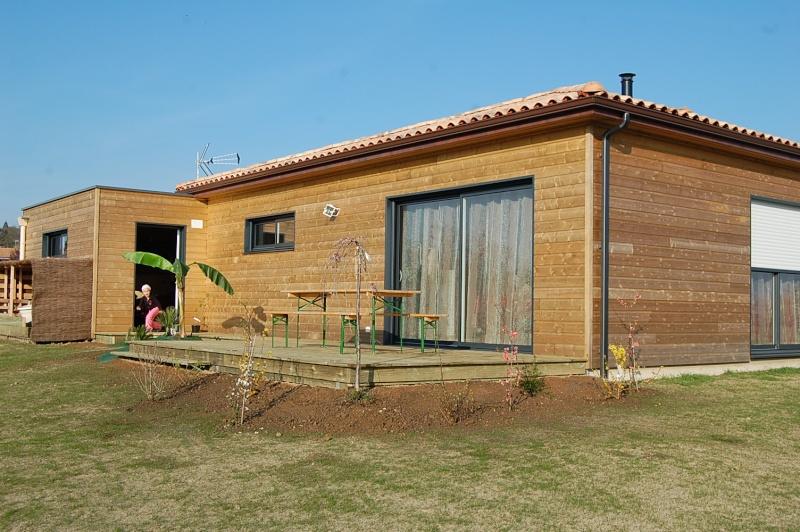 fabrication d'une terrasse en bois sur piloties+ déco 10_04_11