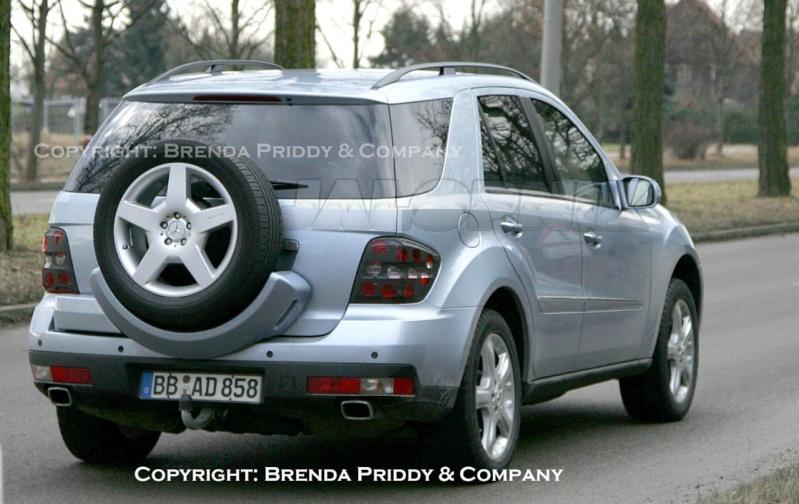 2009 - [Mercedes] ML Hybride Thumb113