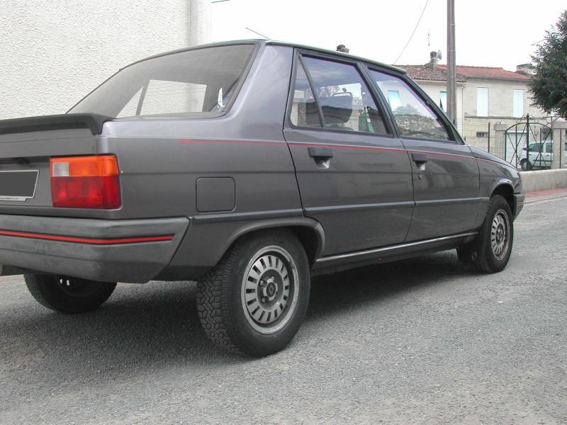 Les 30 ans de la Renault 9 Dscn4312