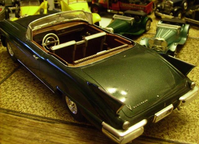 Cadillack Eldorado,1:24. Caddy310