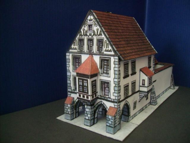 Rathaustum mit Haeuserzeile-Prag Hahol415