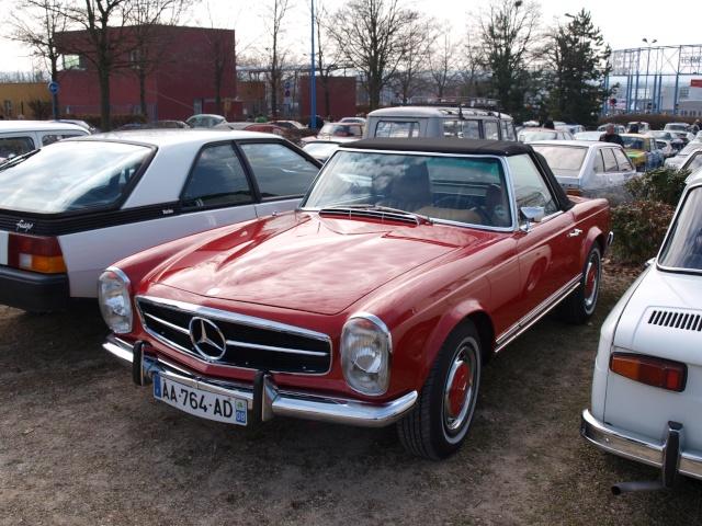 24eme Salon Champenois du Vehicule de Collection  P3122842