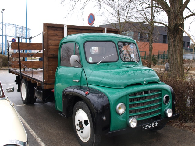 24eme Salon Champenois du Vehicule de Collection  P3132926