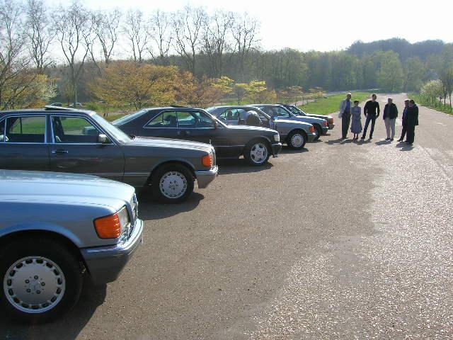 Dimanche 18 avril 2010 : Rencontre Mercedes W 126 proposée par le Club Mercedes Benz de France - Page 3 Dscn4239