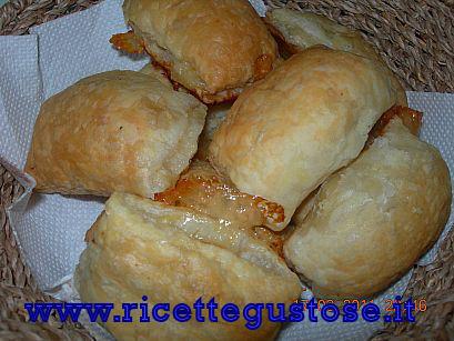 Salsiccia nel fagotto, ricetta fotografata su www.ricettegustose.it Fagott12