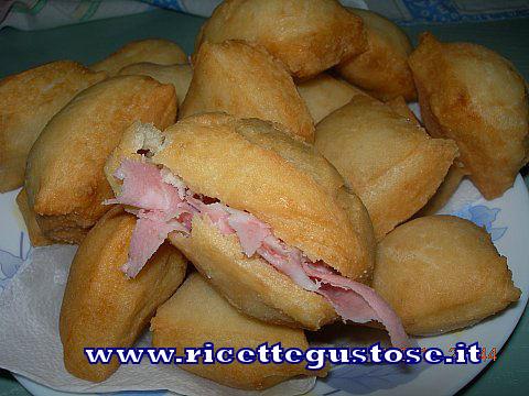 Gnocco Fritto , Ricetta fotografata su www.ricettegustose.it Gnocco10