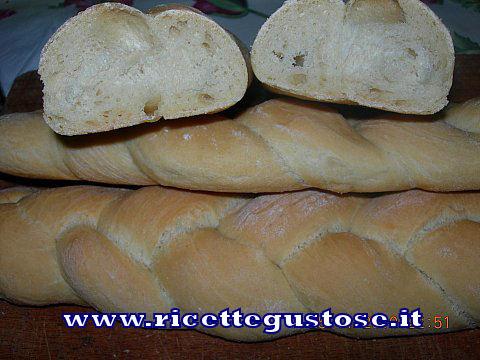 TRECCINE DI PANE , ricetta fotografata su www.ricettegustose.it Trecce10
