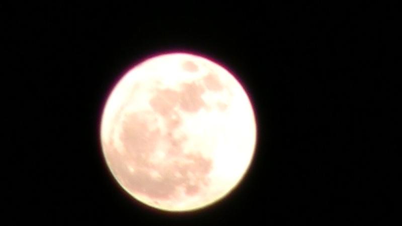 la lune geante :P Lune_411