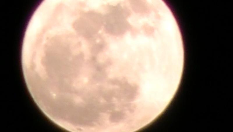 la lune geante :P Lune_510