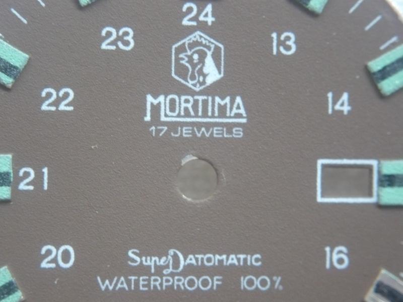 MORTIMA SuperDatomatic, une famille haute en couleurs ! P1030210
