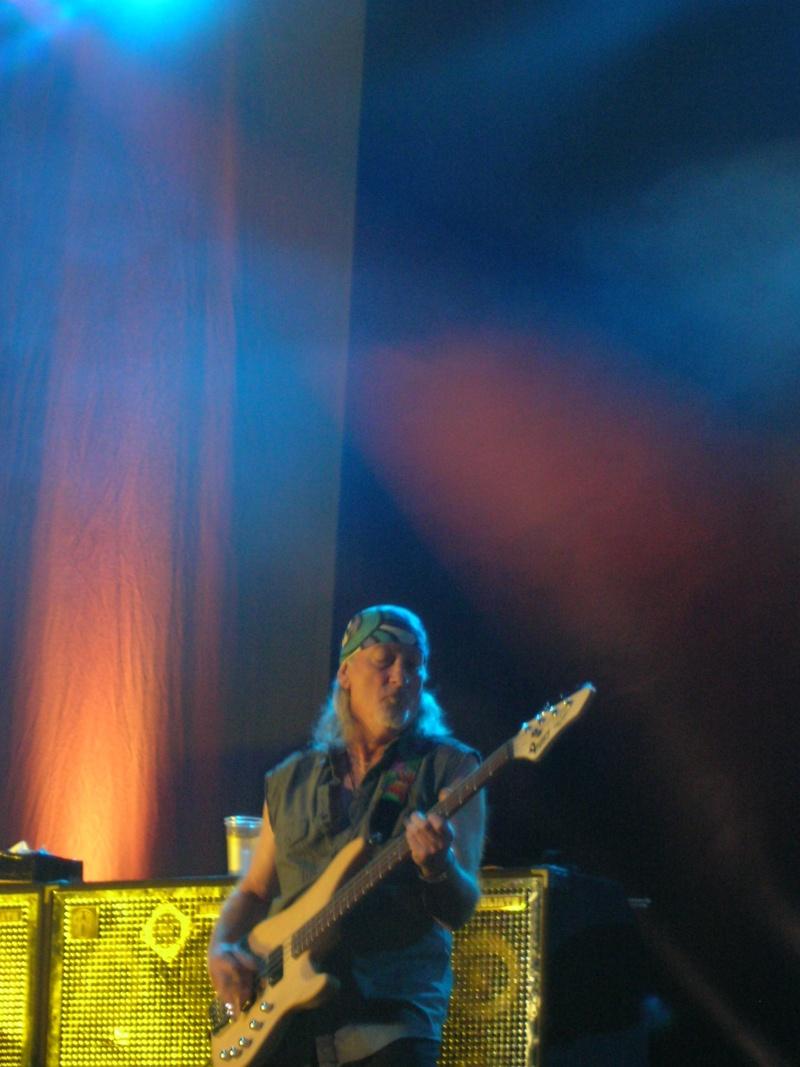 Reviews de concerts - Page 4 Dscn9111