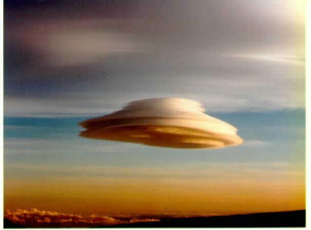 Un nuage doté du sens de l'humour Nuveml10