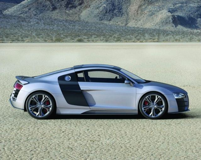 Audi R8 V12 TDI Production Model Development Halted 90801115