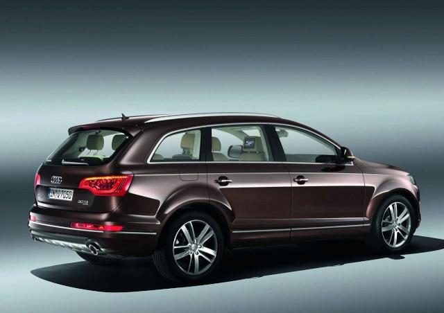 2010 Audi Q7 Facelift Revealed 98751110