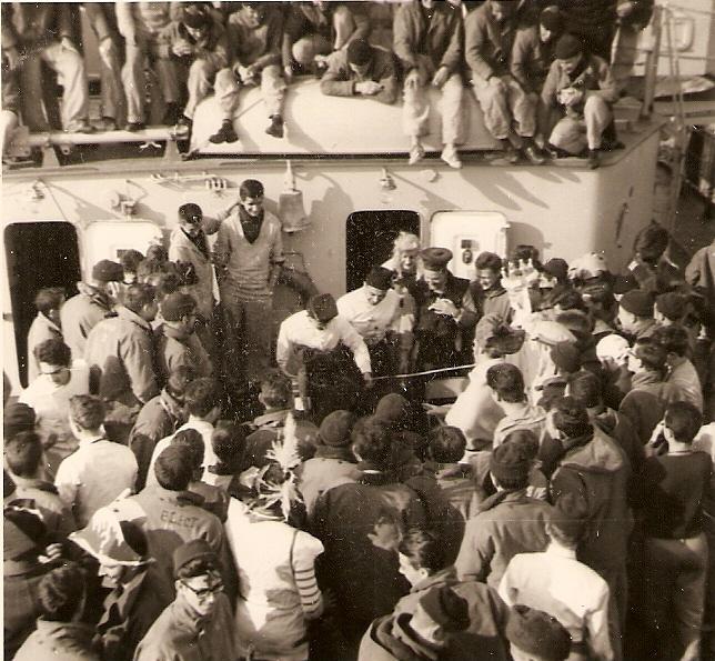 [Les traditions dans la Marine] Passage du cercle polaire (Sujet unique) - Page 3 Numari52