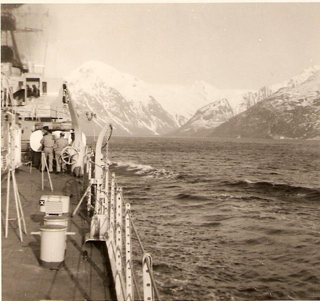 [Les traditions dans la Marine] Passage du cercle polaire (Sujet unique) - Page 3 Numari53