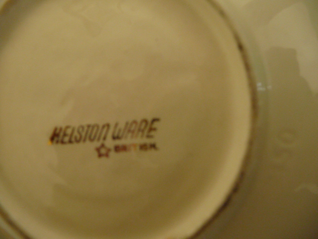 Crown Lynn 150 dish from sid's collection 150_ba10