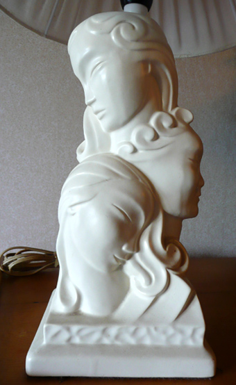 The fabulous Crown Lynn Three Faces of Eve lampbase 431r from newbie !! 431r10