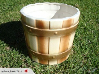 632-6 Barrel Planter Pot 632_610