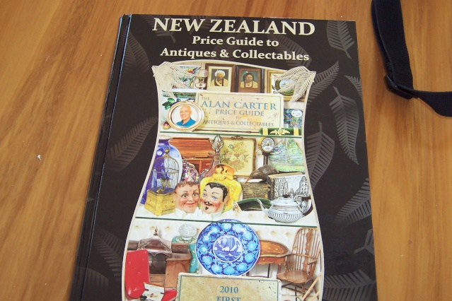 The Alan Carter Price Guide for Antiques & Collectables 2010 Carter13